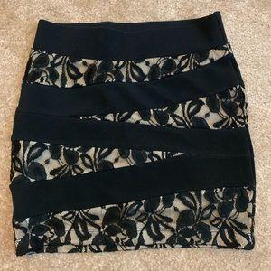 G by Guess black lace mini skirt sz xs